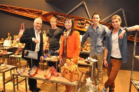 fcd422c48c314a nieuwe-schoenenwinkel-een-eeuw-na-de-start.jpg